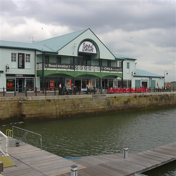 Fleetwood Freeport & Dobbies Garden Centre